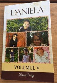 - Daniela vol. 5, de Draga Ujeniuc